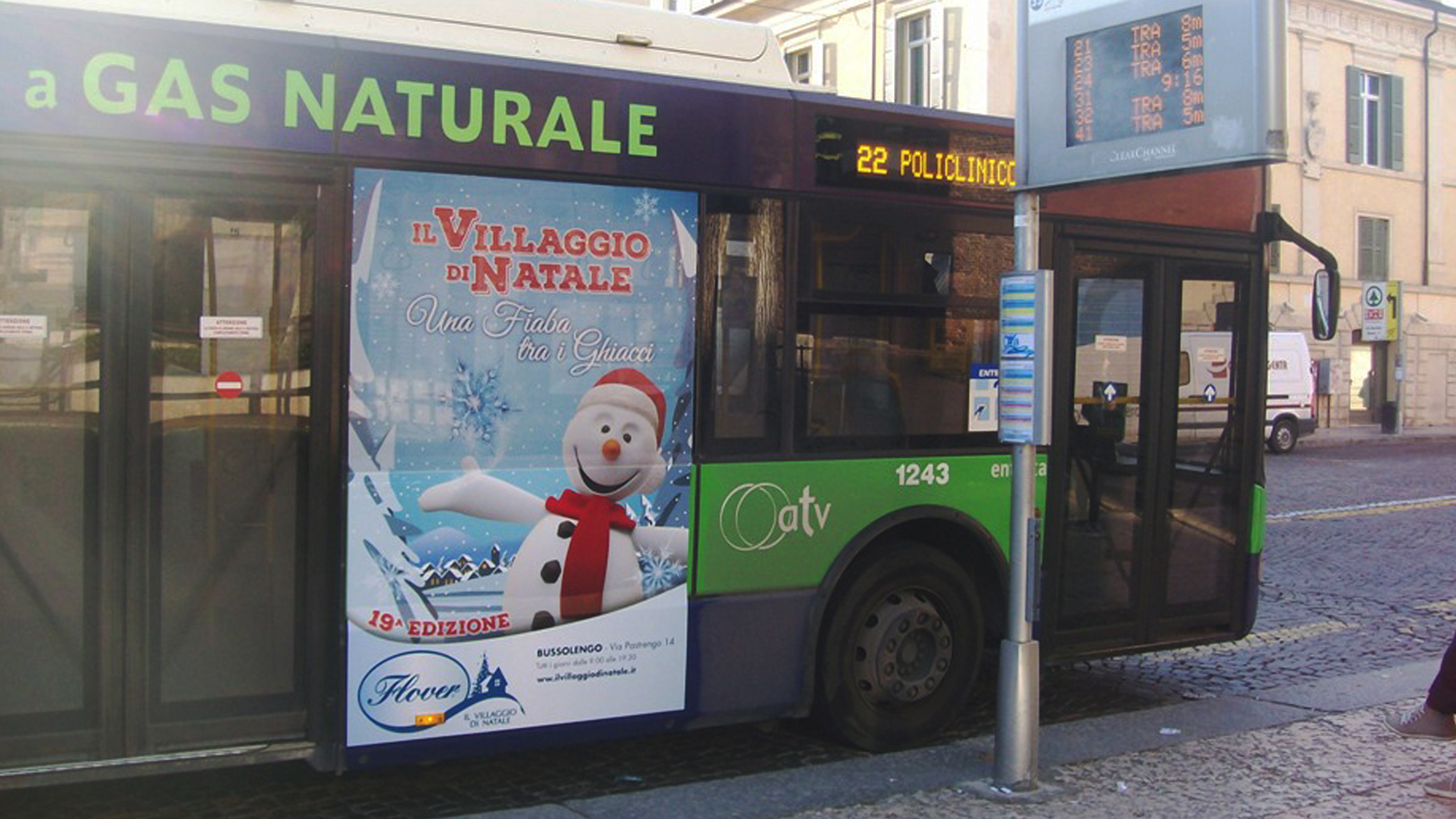 03_Flover_Natale_autobus